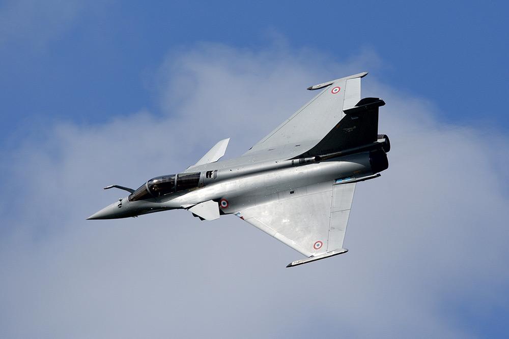 TREBALO JE DA BUDE PONOS IZRAELA, A ONDA JE AMERIKANCE POJELA LJUBOMORA - Page 2 ALTEN-Dassault-Aviation